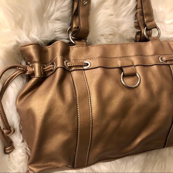 Mondani Handbags - 💜3/$15 <Mondani> Gold Shoulder Bag